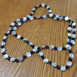 Jewelry - Black & white glass beaded necklace